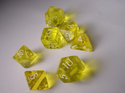 Polyhedral 7-die RPG Set: Translucent, Yellow / White (Chessex)