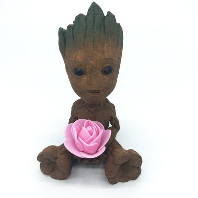 Cute & Happy Tree planter holding pink flower