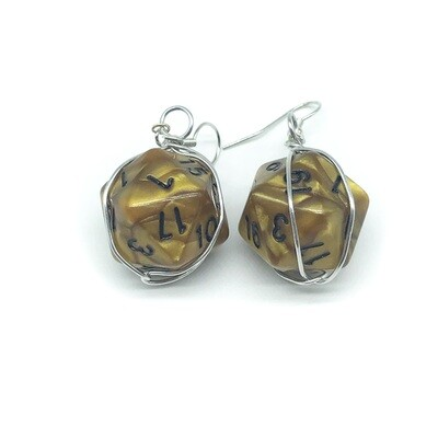 Dice Earrings - Marbled light brown with black numbers