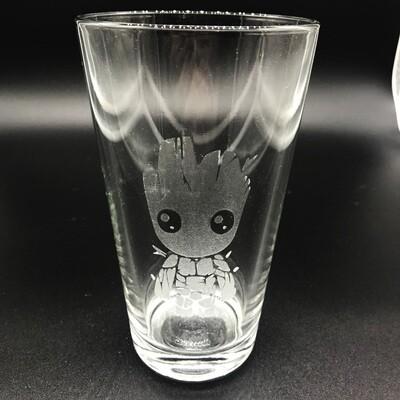 Etched 16oz pub glass - Tree friend
