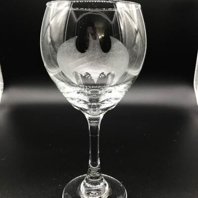 Etched 16oz wine glass - Bat