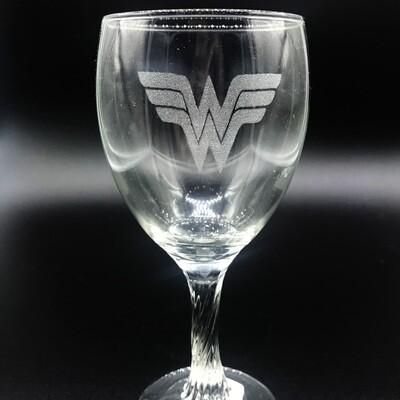 Etched 8oz wine glass with swirl stem - Female Superhero