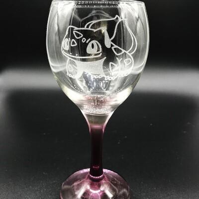 Etched 10oz wine glass with purple stem - Plant Pet