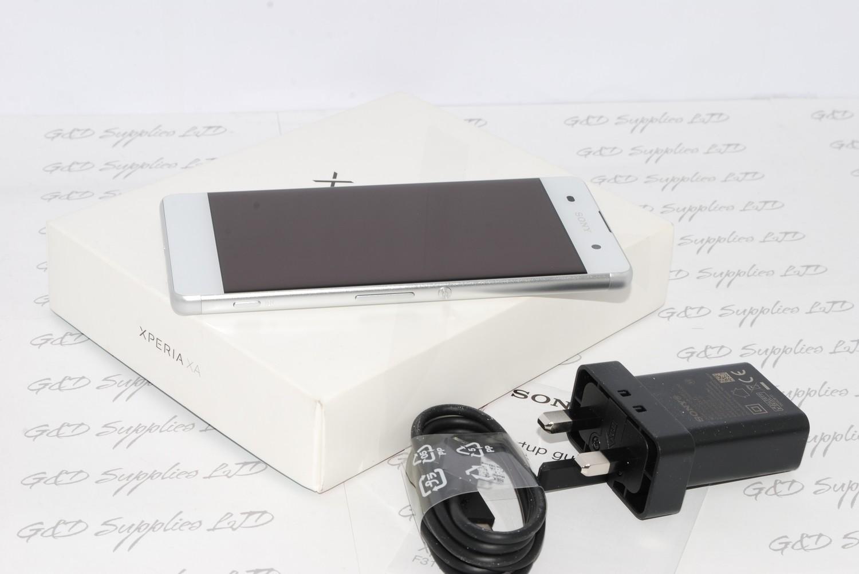 Sony Xperia XA F3111 16GB 2GB RAM Unlocked 4G LTE Wifi NFC white #