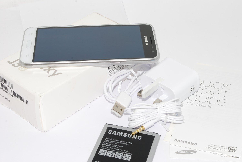 "Samsung Galaxy J3 2016 White Sim Free 5"" 8MP 5MP SM-J320FN UK STOCK"
