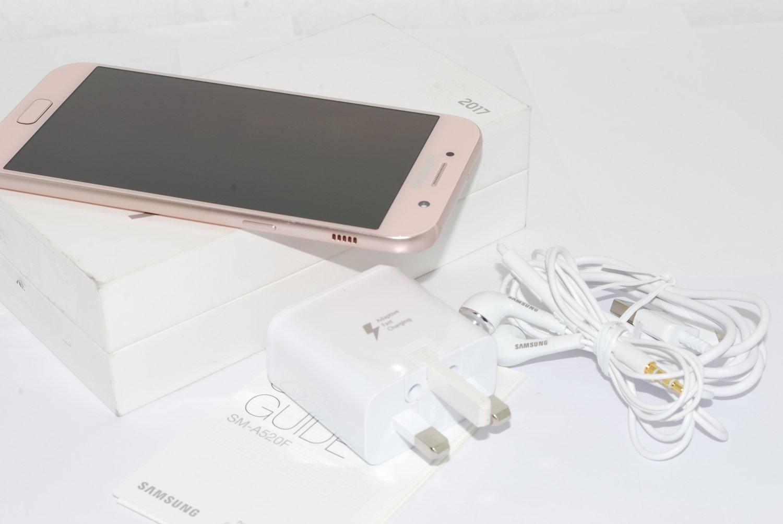 Samsung Galaxy A5 3GB 32GB 2017 Mobile Phone Peach unlocked UK STOCK