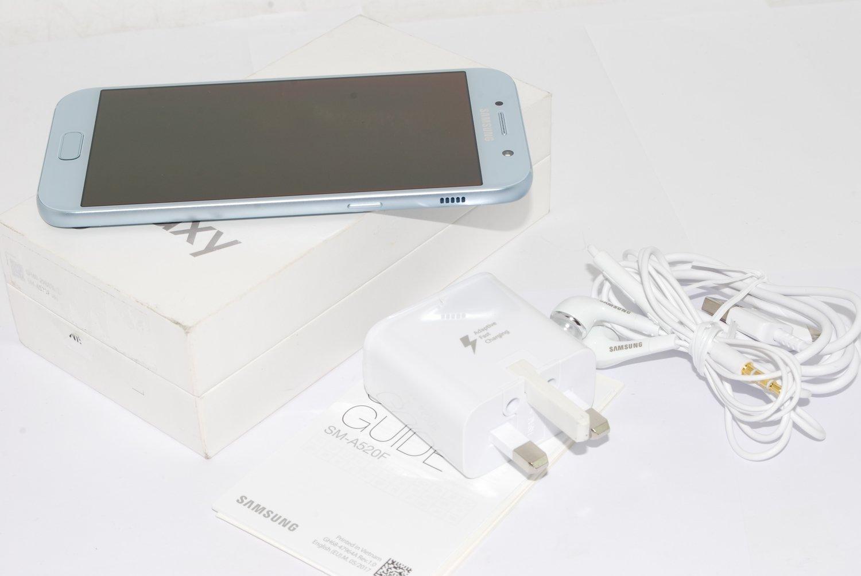 Samsung Galaxy A5 3GB 32GB 2017 Mobile Phone Blue unlocked UK STOCK
