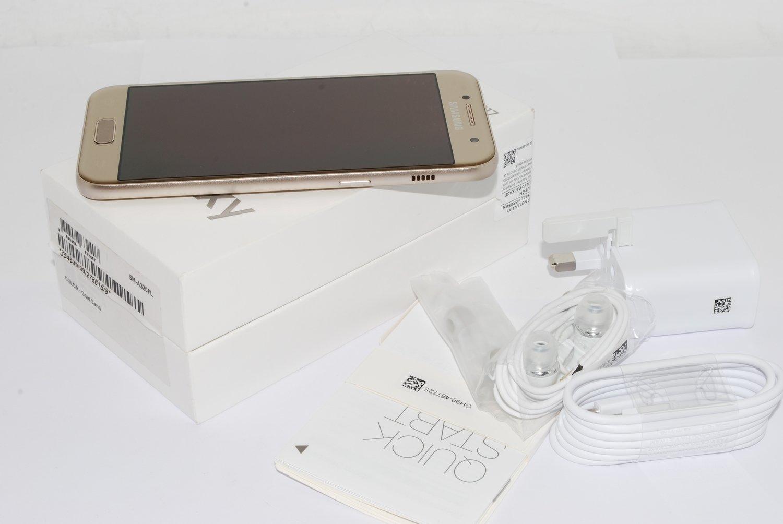 "NEW Samsung Galaxy A3 2017 Gold Sim Free 4.7"" 16GB 13MP A320FL UK Version"
