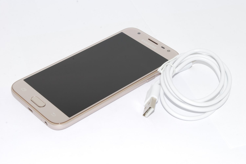 Samsung Galaxy J3 5 2017 SM-J330FN 16GB UNLOCKED GOLD 4G LTE 13MP UK STOCK,
