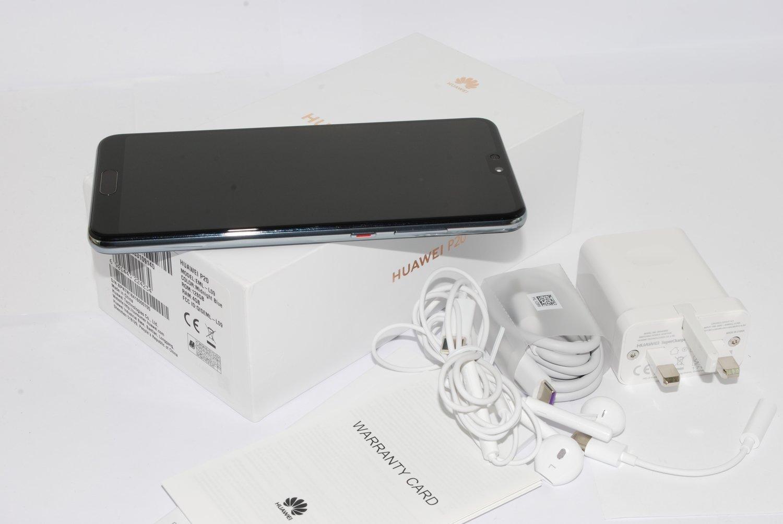 Huawei P20 Blue 128GB EML-L09 UNLOCKED SIM FREE Single Sim