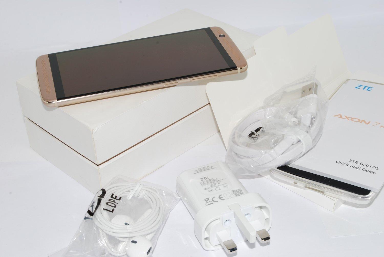 ZTE Axon 7 Mini Smartphone 32GB 3GB RAM GOLD Fingerprint Sensor
