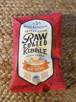 TRIAL SIZE:  Stella & Chewy's Freeze-Dried Raw Coated Kibble Oven Baked Beef Recipe 4 oz (4/20)