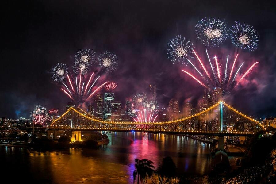 Brisbane Story Bridge 01  - Full Drill Diamond Painting - Specially ordered for you. Delivery is approximately 4 - 6 weeks.