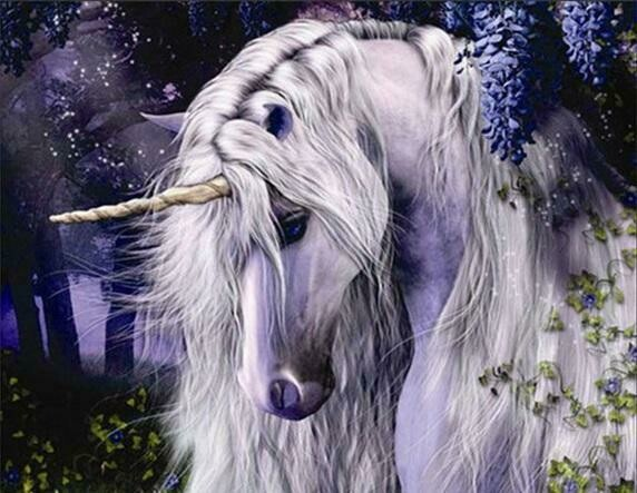 White Unicorn - Full Drill Diamond Painting - Specially ordered for you. Delivery is approximately 4 - 6 weeks.