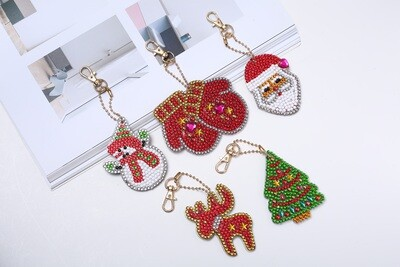 Diamond Painting Keychains - Christmas - Set of 5  (delivery 4 - 6 weeks)