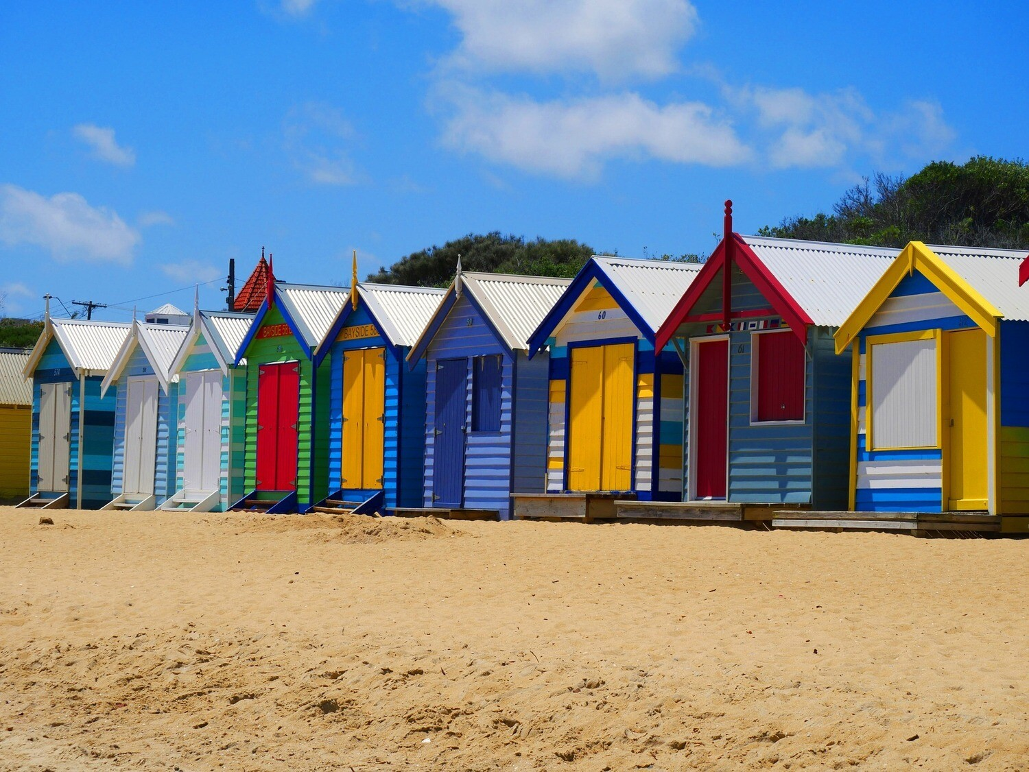 Beach Huts - 40 x 50cm Full Drill (Square), Diamond Painting Kit - Currently in stock