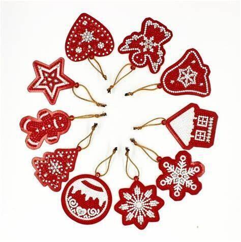 DIY Diamond Painting Christmas Tree Hangers (red) - Pack of 10