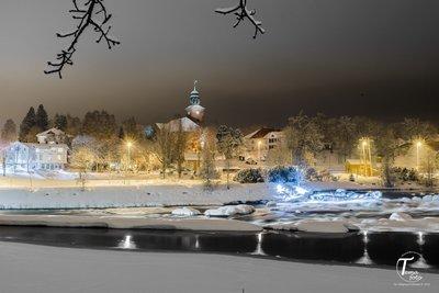 Snølagt Kongsberg kirke