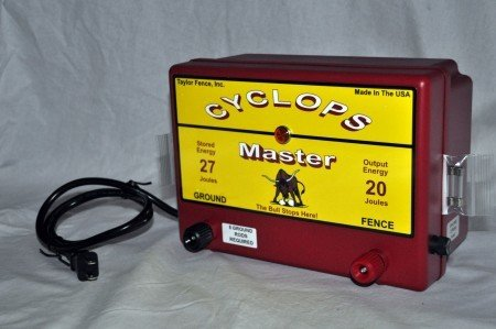 Cyclops MASTER, Plug-In/AC Powered, 20 Joule Electric Fence Charger - up to 640 acres