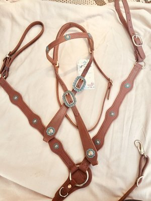 Buckaroo Leather Turquoise copper Tear Drop bridle set