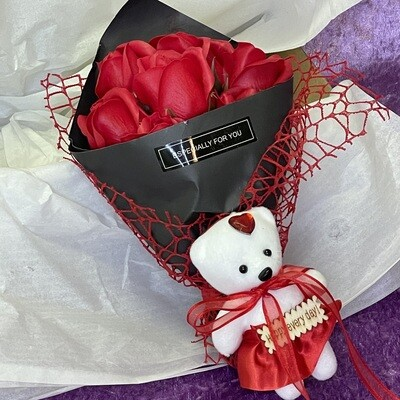 Soap Rose Posy with Teddy (Red)