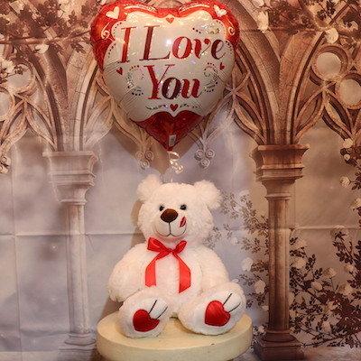 Teddy bear with I Love You Balloon