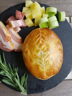 CHICKEN, BACON, LEEK & POTATO PIE - A medley of Chicken, Bacon, Leek, and Potato with added fresh Rosemary and Thyme, swimming in a rich creamy white sauce permeating all of those wonderful flavours.