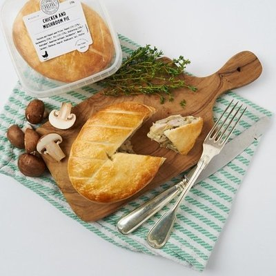 CHICKEN & MUSHROOM PIE - Tender roasted Swiss Chicken in a full bodied creamy Thyme infused Sauce with Mushrooms.