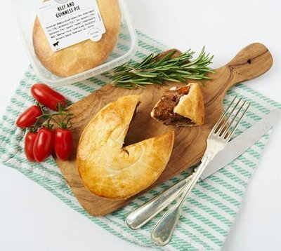 STEAK & GUINNESS PIE - Prime cuts of Swiss beef slow cooked in Guinness Beer, lightly infused with Rosemary, Balsamic glaze and Worcestershire Sauce. In this pie we let the Guinness do the talking.
