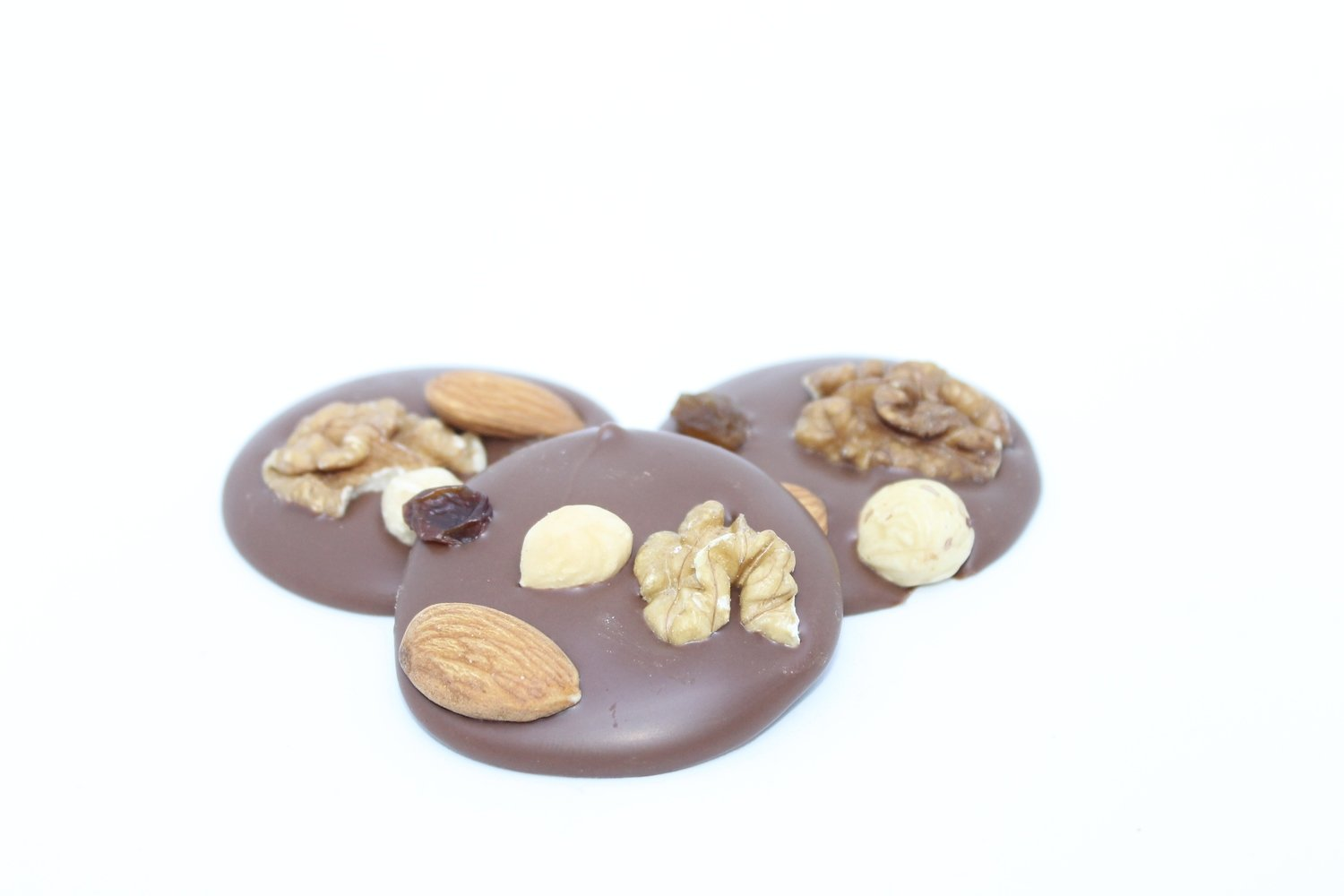 Mendiants nuts & raisins dark chocolate. 150 gr.