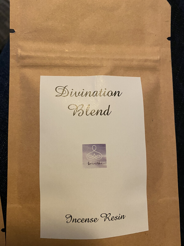 DIVINATION BLEND resin