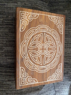 Wooden Tarot/Oracle Card Box with Pretty Design