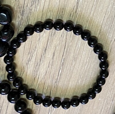Black Toumaline bead (small bead) bracelet