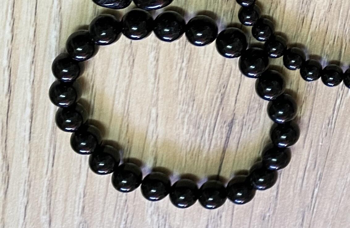 Black Toumaline bead (medium bead) bracelet