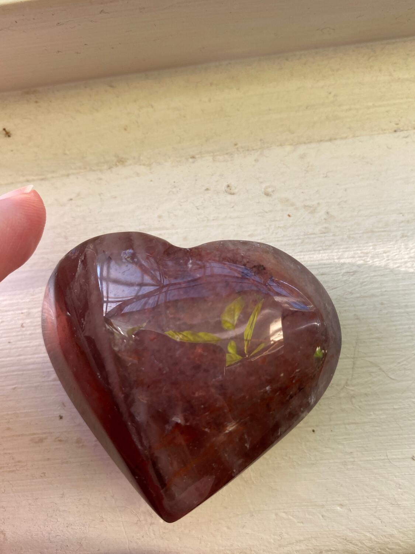 Hematoid Quartz / Strawberry Quartz Palmstone Polished