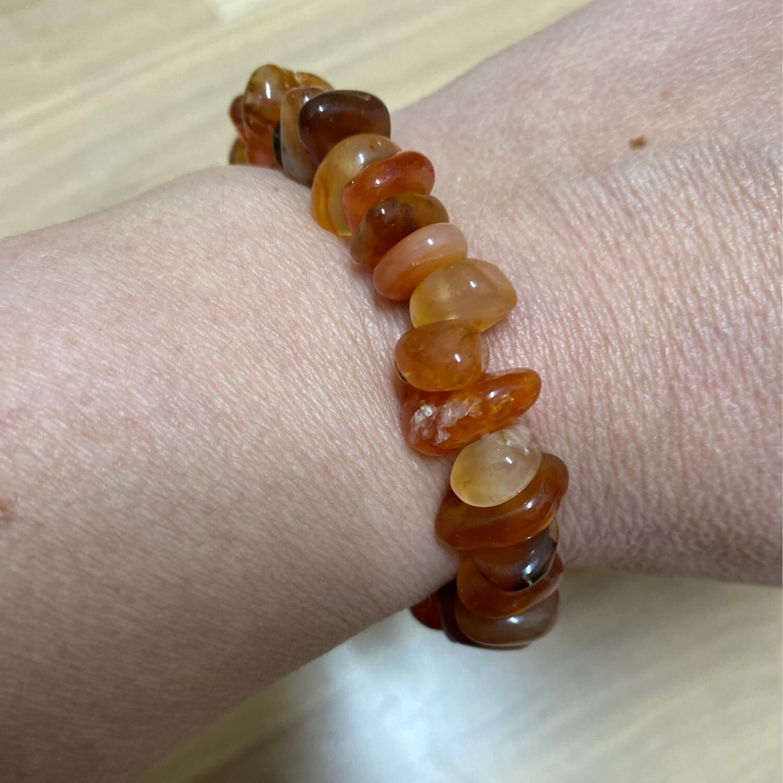 Polished Chip: Carnelian bracelet
