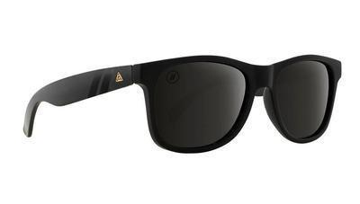 Blenders Eyewear Beachcat  Poloraized M Class