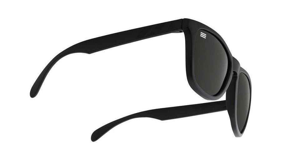Blenders Eyewear  Beachcraft Polarized Gloss M Class Summer 2016