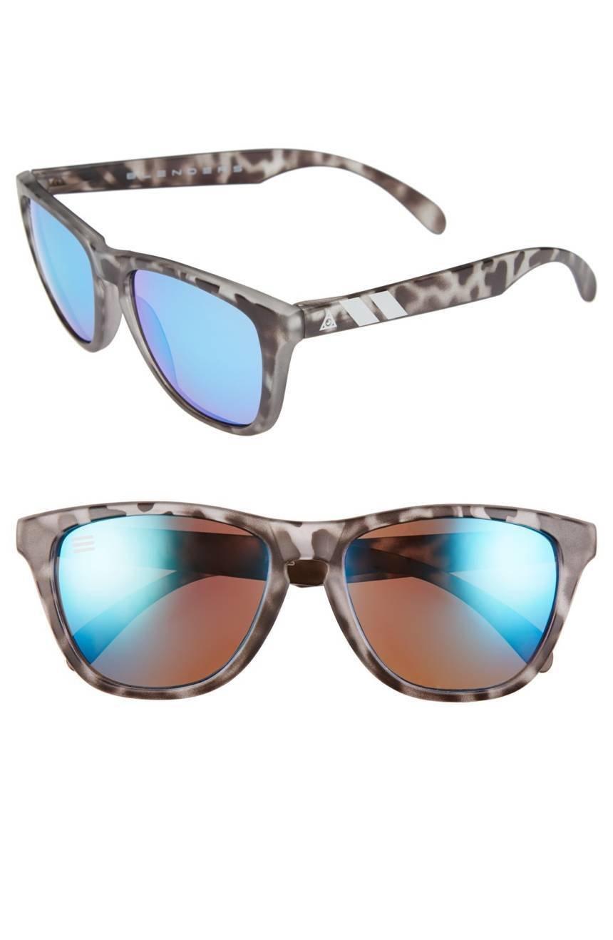 Blenders Eyewear  Snow Leopard Ice Blue L Series