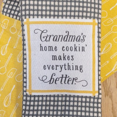 'Grandma's Home Cookin' Makes Everything Better '' Kitchen Boa®