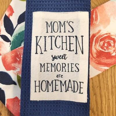 'Mom's Kitchen - Sweet Memories Are Homemade' Kitchen Boa®