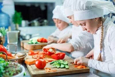Foodie Gift Box: 'Li'l Kids In The Kitchen' (Age 5-8)