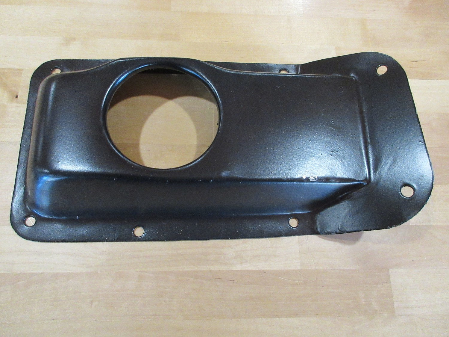TRANSMISSION FLOOR COVER PANEL