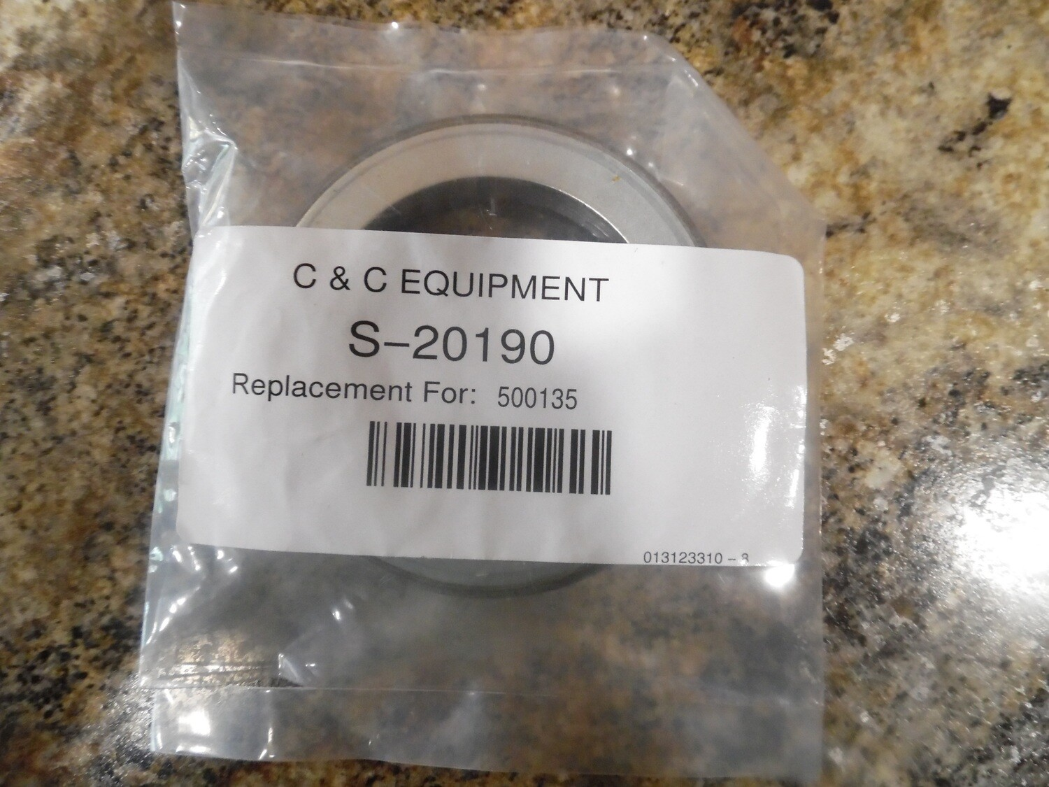 5 TON FRONT AXLE INNER SEAL M809 M54 M939 500135