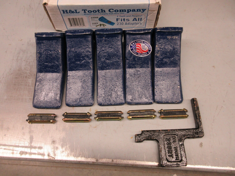 BACKHOE BUCKET TEETH DIGGING TEETH AND PINS (Set of 5) (23, 230, 230SP) Tooth