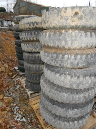 2.5 ton M35A2 series 9.00-20 NDT tire and wheel 6 hole budd will fit older Ford 20-45%