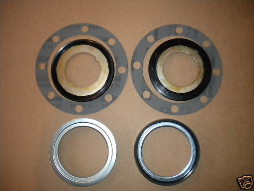 2.5 TON M35A2 NEW REAR AXLE HUB SEAL KIT WITH GASKETS
