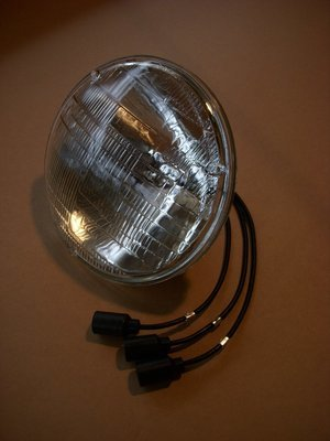 24 volt sealed beam headlamp