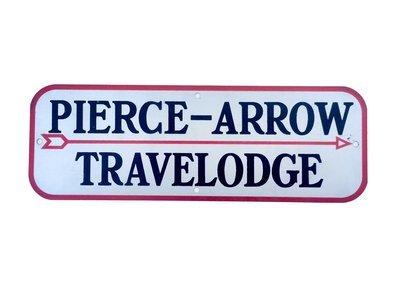 Pierce-Arrow Travelodge Body Badge