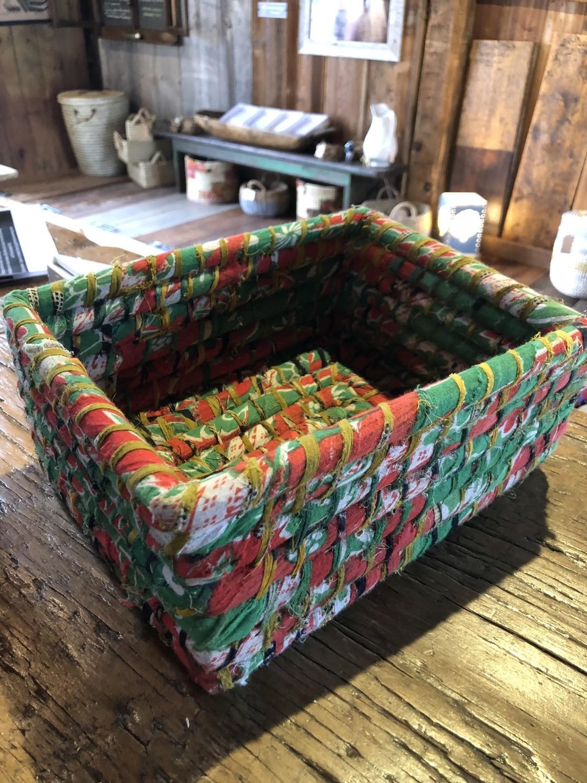 Med Green & Red Nesting Sari Basket